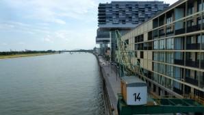 """""""In einer Stadt wie Köln wird einem jedes Grundstück aus den Händen gerissen"""" – THEMA 04/15 Wohnart"""