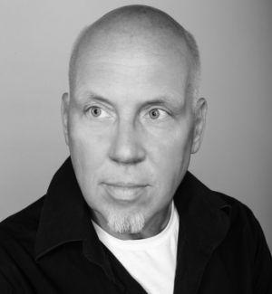 """Andreas Bär Läsker (52) ist Musikmanager, unter anderem der Fantastischen Vier. Im Januar hat der Veganer sein autobiografisches Kochbuch """"No need for meat"""" herausgebracht, Foto: Presse"""