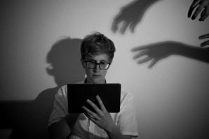 Niemand hat die Absicht, uns zu bespitzeln… – THEMA 08/15 Digitalis