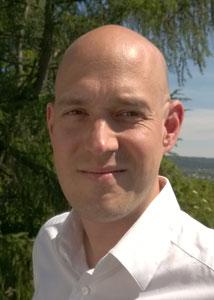 """Markus Meinzer (36) arbeitet beim Tax Justice Network, das sich für mehr Steuergerechtigkeit weltweit einsetzt. Im September 2015 erschien sein Buch """"Steueroase Deutschland"""". Foto: privat"""