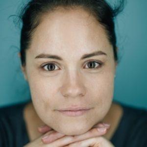 """Zur Person: Cornelia Daheim (44) ist Zukunftsforscherin und Gründerin von Future Impacts Consulting. Sie berät zahlreiche Unternehmen und Institutionen in Zukunftsfragen und war als Autorin an der internationalen Studie """"2050: Die Zukunft der Arbeit"""" beteiligt. Foto: Arnd Drifte"""
