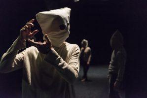 Die Freiheit der Maske