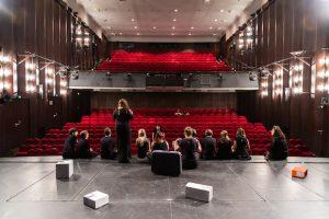 Das Theater: Das 1904 eröffnete Theater Dortmund zählt mit über 500 Mitarbeitern zu den größten Theatern Deutschlands. Das Schauspiel zog 1968 in das umgebaute Opernhaus am Hiltropwall und wird seit 2010 von Kay Voges geleitet. Foto: Sascha Rutzen