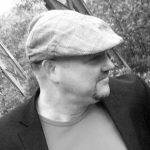 Zur Person: Stefan Neumann spielte in den Neunzigern bei diversen Wuppertaler Post-Punk-Bands und hob 2003 The Laughing Man aus der Taufe. Die kleine Indie-Legende aus Elberfeld veröffentlichte seither drei Alben. Im Hauptberuf ist Neumann Germanistik-Dozent. Foto: Presse