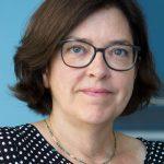 Zur Person: Prof. Dr. Nicola H. Bauer (56) wurde im April 2010 als Professorin für Hebammenwissenschaft an die hsg Bochum berufen, leitet den dazugehörigen Studienbereich und ist Vorsitzende des Senats. Sie ist Hebamme und Gesundheitswissenschaftlerin. Foto: hsg Bochum