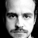 Der Regisseur: Tim Mrosek war von 2010 bis 2015 künstlerischer Leiter des Theaterlabels c.t.201. Er ist Dramaturg an der studiobühneköln und arbeitet darüber hinaus als Dozent und freier Regisseur. Foto: Niklas Schulz