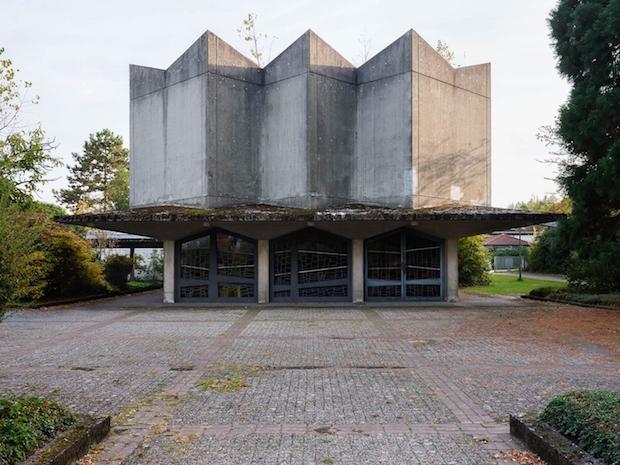 Trauerhalle Bochum, Projektstandort Ivan Moudov im Rahmen der Territorien, © Heinrich Holtgreve / Urbane Künste Ruhr 2018