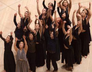 Zwei- bis dreidimensionale Choreografien